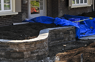 Retaining Wall | Jason Wilker Retaining Walls & Pavers | Rochester, MN | (507) 775-7800